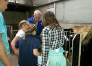 Boerderij met kinderen van Ipse de Bruggen en Samsung