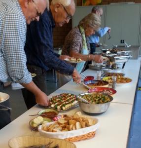 Mediterraans buffet wijkcentrum Maaswijk-Schenkel
