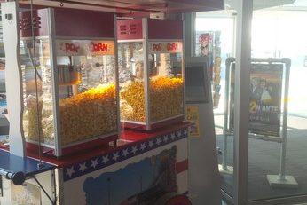 Popcorn, suikerspin, hotdogs en nog veel meer funfood materiaal